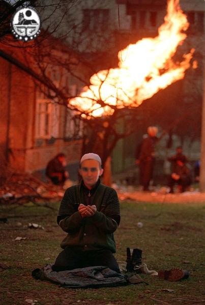 403px niter chechnya prayer - vtipný obrázok - Kalerab.sk