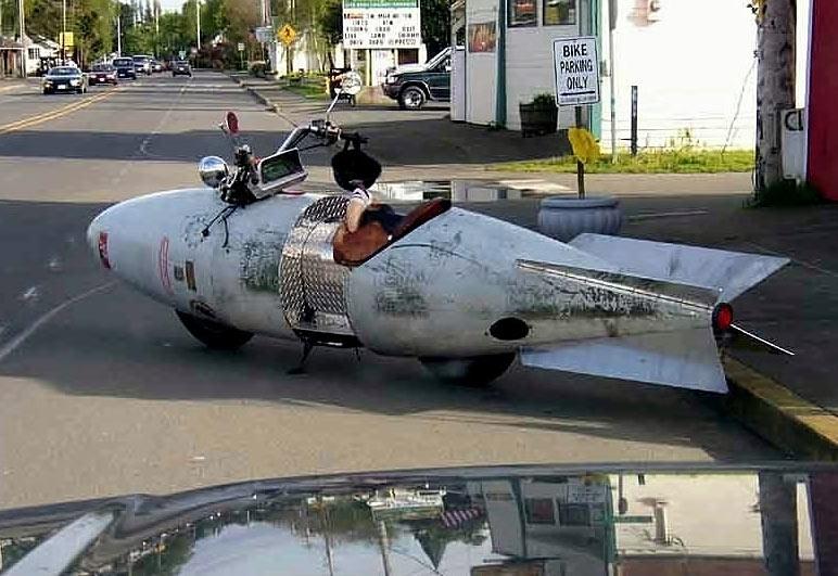 amusing bomb car - vtipný obrázok - Kalerab.sk
