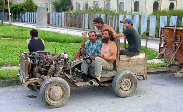 cool people cool car - vtipný obrázok - Kalerab.sk